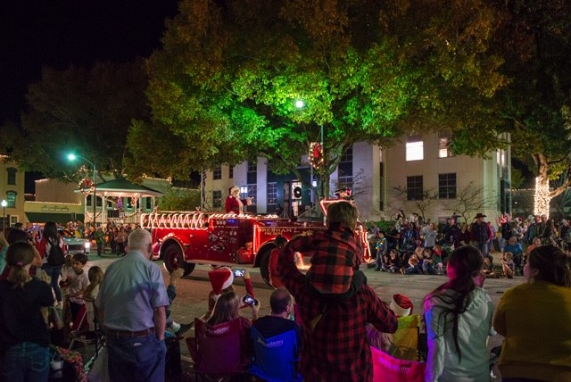 Finding Holiday Magic in Brenham & Washington County